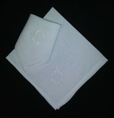 "Mens 100% Irish Linen Handkerchief with Emblem 18"" x 18"" White - Pkg of 2"