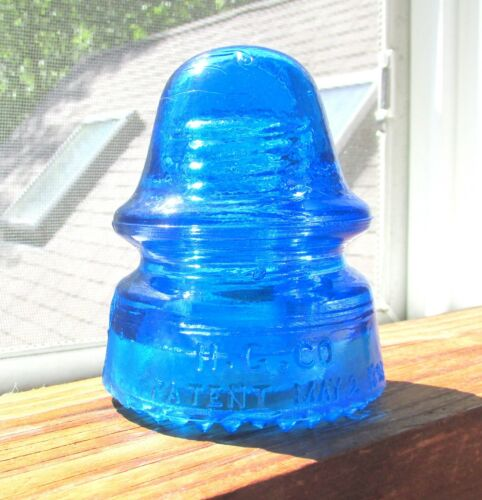 STUNNING GLOWING PEACOCK BLUE CD 162 H.G.CO SIGNAL STYLE GLASS INSULATOR (5)