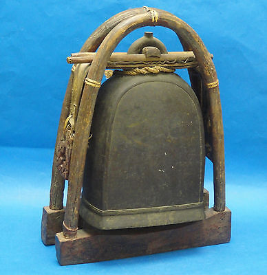 ANTIQUE MASSIVE THAI KAREN HILL TRIBE ELEPHANT BRONZE BELL w/ BENT WOOD & STAND