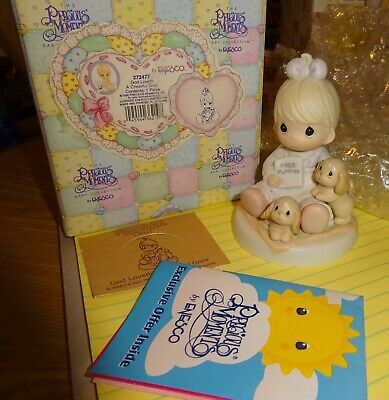 "1996 Precious Moments Figurine- ""God Loveth A Cheerful Giver"" No. 272477"