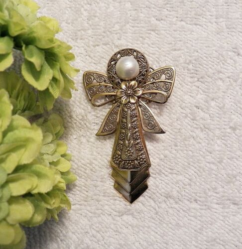 CLASSIC PIN BROOCH ANGEL FAITHFUL WINGS HALO COSTUME PEARL GOLD TONE VL-AF