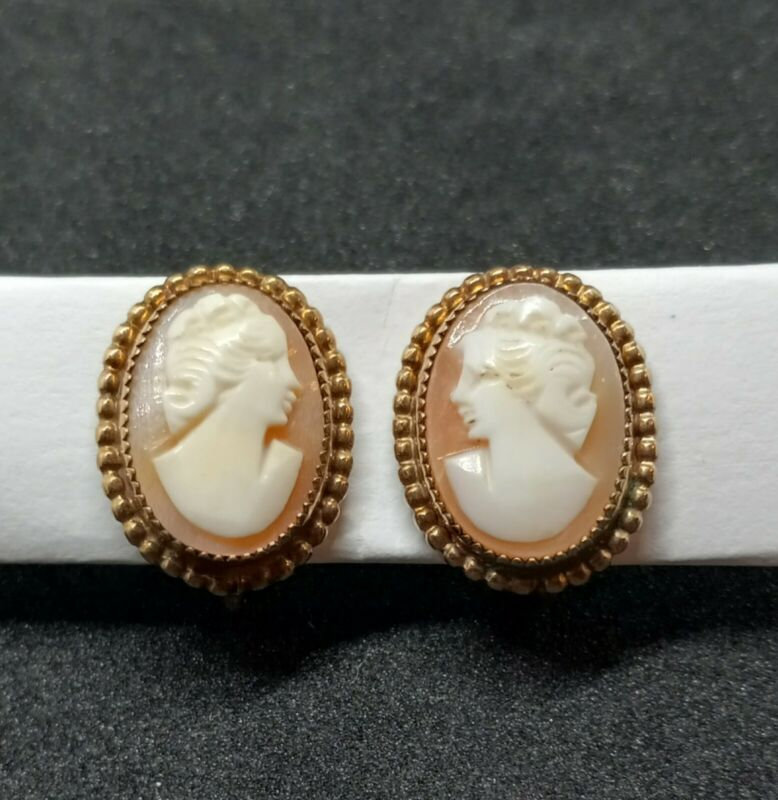 Vintage Jewelry AMCO Shell Carved 14k GF Cameo Earrings ScrewBack. 1709