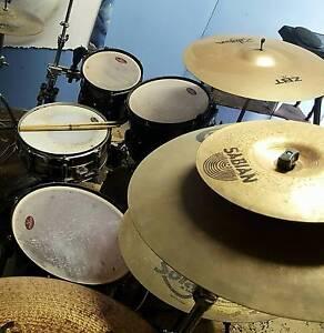 5 piece pearl vison drum kit Ormeau Gold Coast North Preview