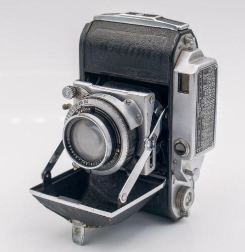 Welta Weltini 35mm Film Folding Camera w/ Schneider-Kreuznach Xenon 5cm. F2 Lens