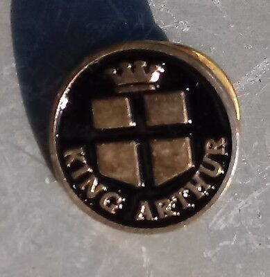King Arthur Pin Lapel Badge 1.5cm diameter