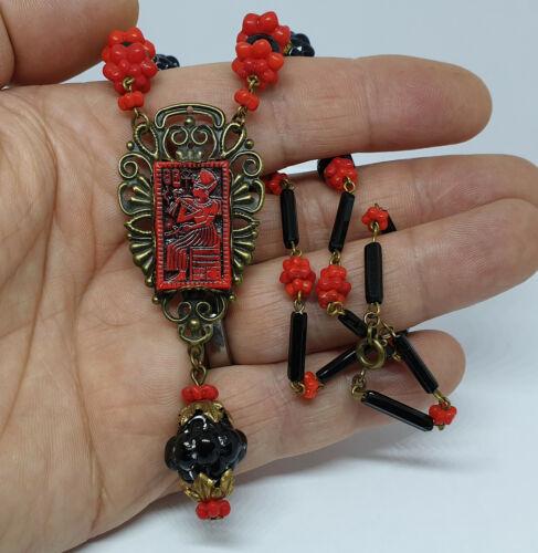 Vintage Art Deco Egyptian Revival Style Czech Glass Cabochon Pendant Necklace