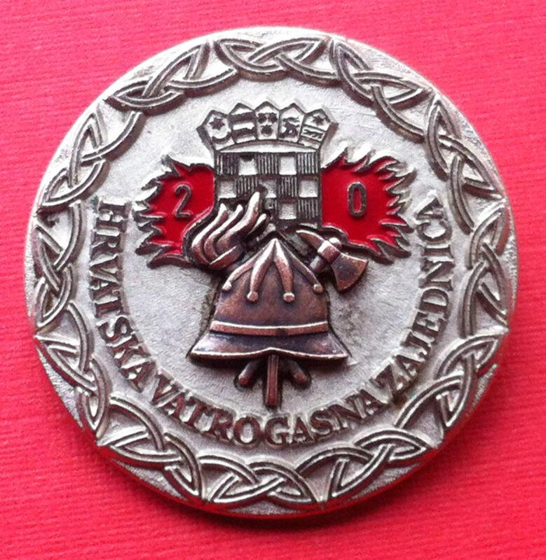 Croatia Hrvatska badge 20 year service Firefighting - Firemen very rare badge !