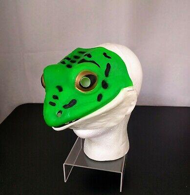 VTG Green Frog Halloween Costume Mask Plastic Toad Pepe Meme Creepy Display