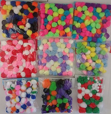 POM POMS Multicolor Christmas Easter Halloween Valentine 3/8