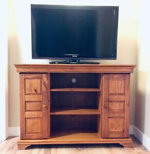 "Solid Oak Cabinet from Wheaton's plus 40"" Toshiba TV"