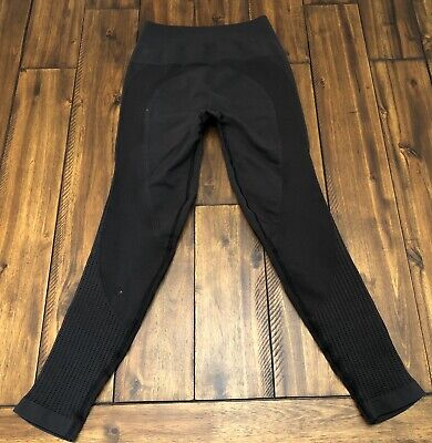 Lululemon Black Leggings Zone In Seamless Size 2 Yoga Compression *Flaw