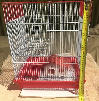 Mouse cage: suit up to 3 female mice. Excellent condition!