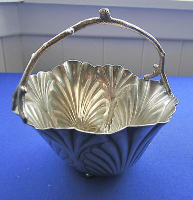 Antique silver plate basket seashell design Middletown Plate Co  605 USA