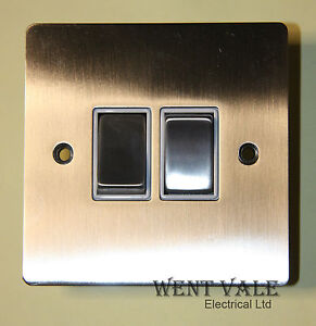 Heritage-Brass-T05-810-SNW-10ax-2-Gang-2-Way-Flat-Plate-Switch-Un-used-in-Box