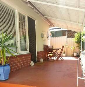 Mt Hawthorn Private and quiet 2brm cottage Mount Hawthorn Vincent Area Preview
