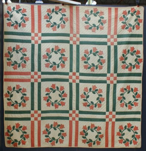 Antique 19th Century American Hand Pieced Red Green Appliqué Tulip Quilt Ex Cond
