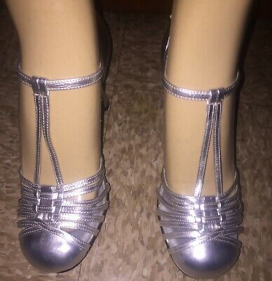 FUNTASMA Womens Size 9 Silver Strappy Buckle Closed Round Toe Slip On Heel - Funtasma Shoes