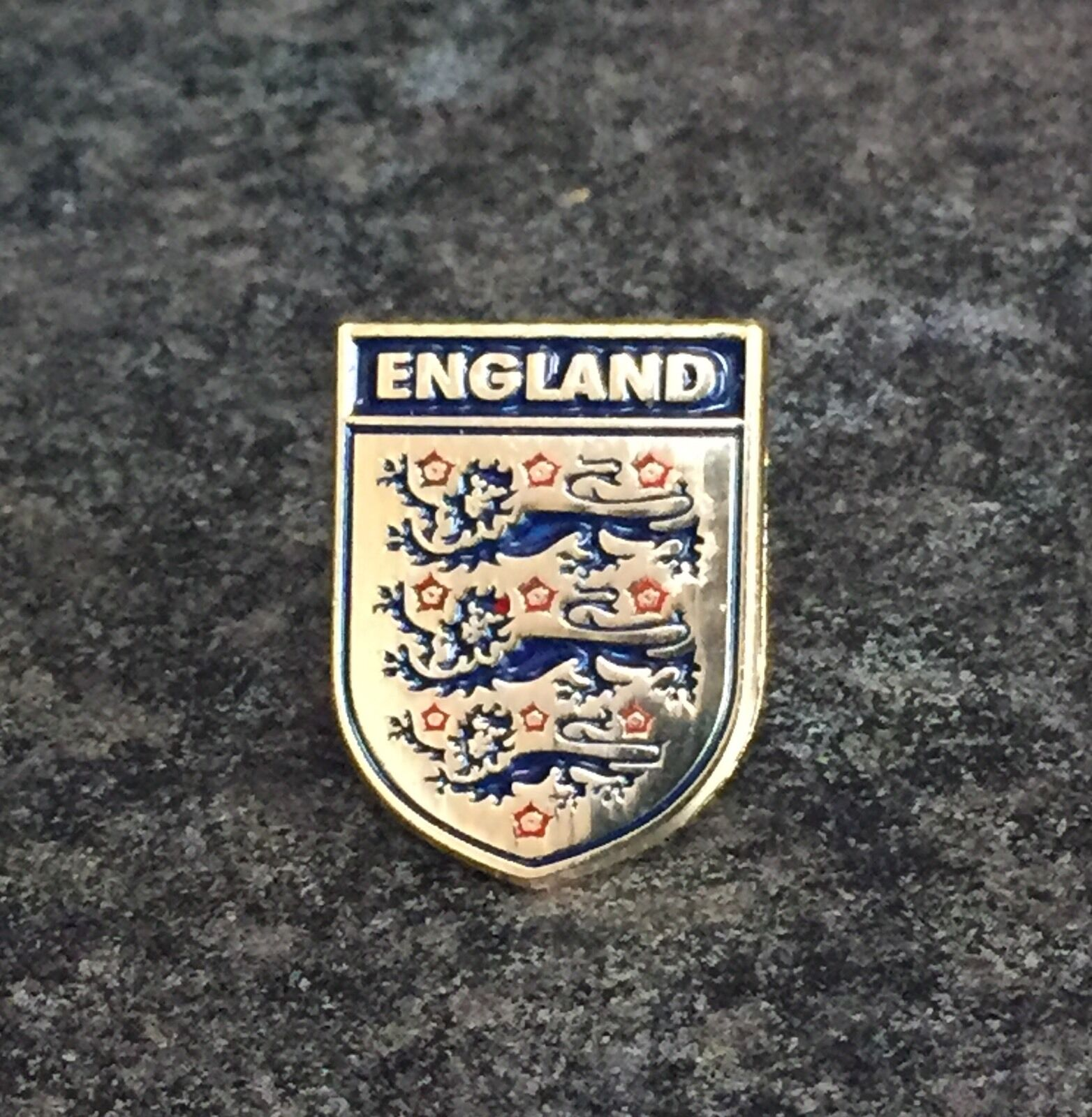 England football badge pictures