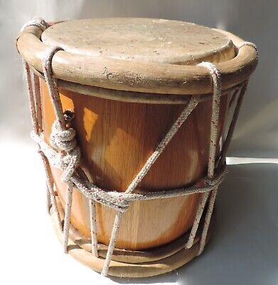 Handangefertigte Trommel aus der dominikanischen Republik aus Naturholz&Leder
