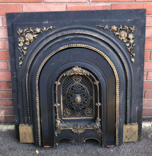 ANTIQUE 1880s FRENCH NOUVEAU COUNTRY CAST IRON FIREPLACE SURROUND & DOOR COVER