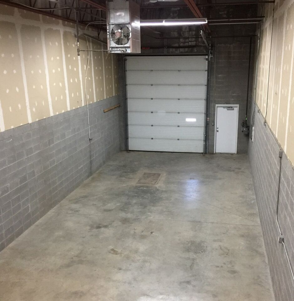 1440 Sq Ft Office Warehouse Space For Lease In West