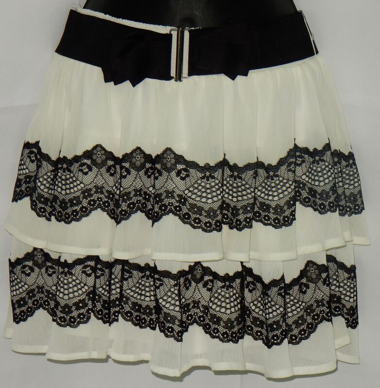 Candie's Women's Mini Skirt Sz XS Ivory & Black Lace EUC Club Free Ship