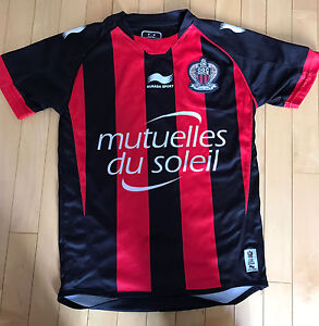 Chandail soccer OGC Nice taille 11/12 ans