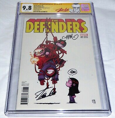 Defenders #1 CGC SS Dual Signature Autograph STAN LEE SKOTTIE YOUNG Variant 9.8