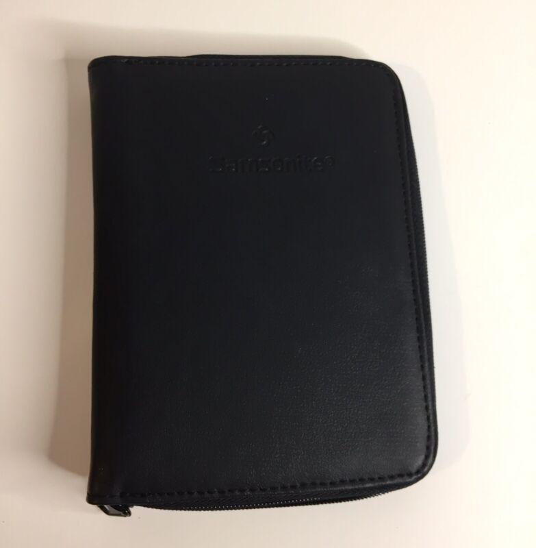 Samsonite Zippered Holder/Travel Wallet Black