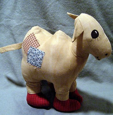 Raggedy Ann's Camel with Wrinkled Knees E-Pattern
