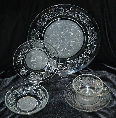 Princess House Fantasia 5-Piece Place Setting Smooth Rim 511 512 323 514 515 5 Piece Place Setting Rim