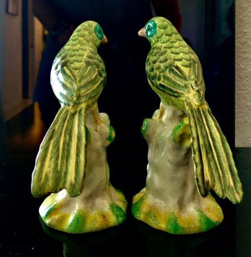 Beautiful pair of vintage Porcelain Birds- green feathers- Asian