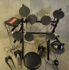 Roland TD-7 – Electronic 7pc drum kit w/ cymbals & double kick Doncaster East Manningham Area Preview