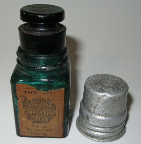 PRESTON OF NEW HAMPSHIRE PORTSMOUTH SMELLING SALTS TEAL BLUE BOTTLE ORG LID CORK