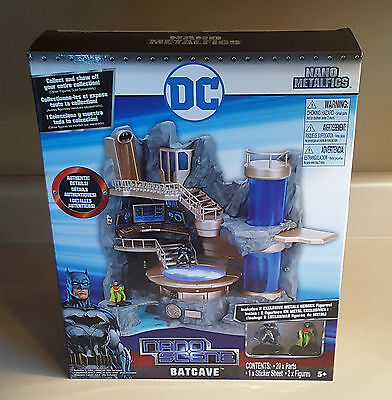 BATCAVE - DC BATMAN w/ 2 EXCLUSIVE Figures  JaDa TOYS Nano Metalfigs  NANO SCENE