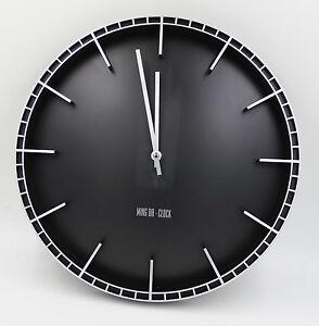 DESIGN 38cm Quarz Wanduhr leise lautlos kein ticken ohne ton Bahnhofuhr schwarz