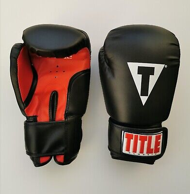 M-L Adult Regular Title Classic 12oz Boxing Gloves Sparring Black /& Red NEW