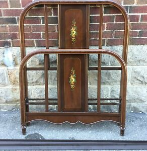 Antique twin Metal Bed