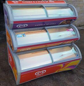 IARP Walls Visimax 3 Tier Commercial Ice Cream Freezer with Sliding Doors