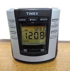 Timex Auto-Set Dual Alarm Digital Clock Radio AM/FM T301B Snooze / Dimmer