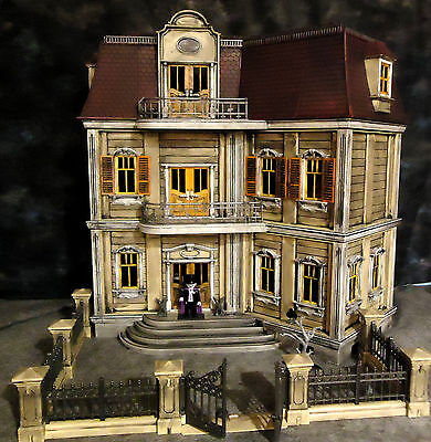 Playmobil Haunted Halloween Victorian Gothic Mansion 5302 custom house w/ 75 pcs - Victorian Gothic Halloween