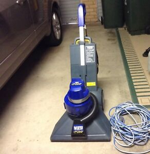 Victa Vac and Blow electric machine with 25 mtr. cord heavy duty Aldinga Beach Morphett Vale Area Preview