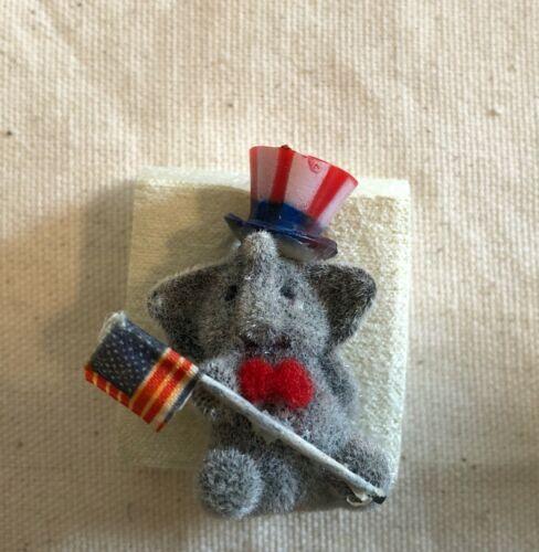 """Republican, GOP, Trump supporter, Elephant lapel pin, 1.75"""""""