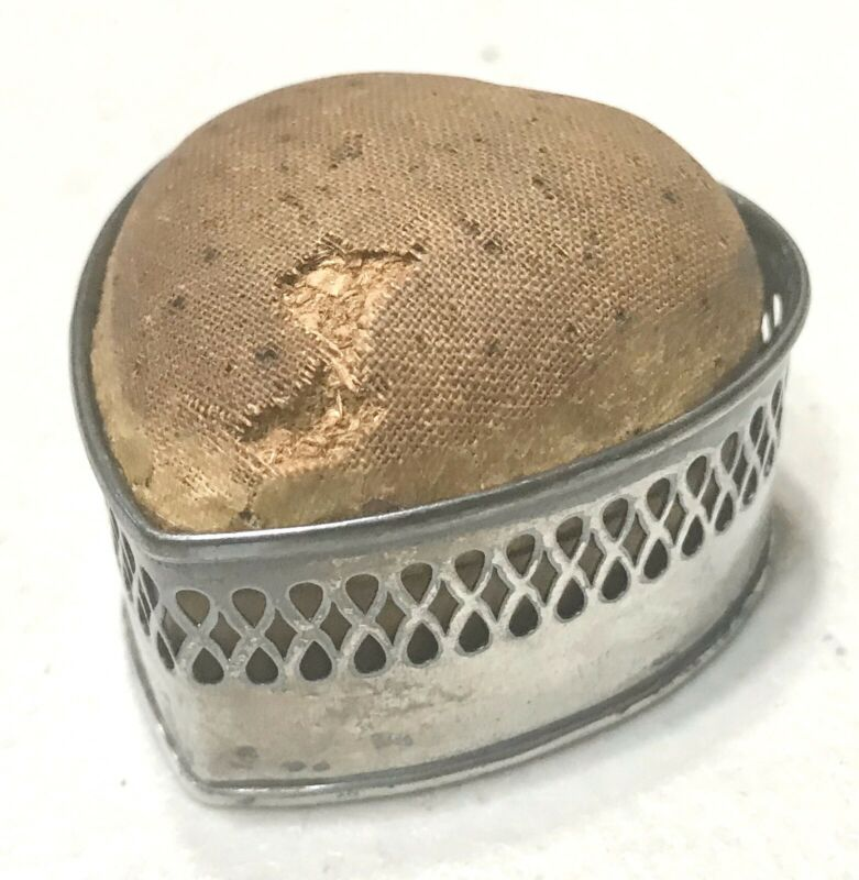 Antique Vintage Sterling Silver Gadget Sewing Needle Holder Heart Container Old