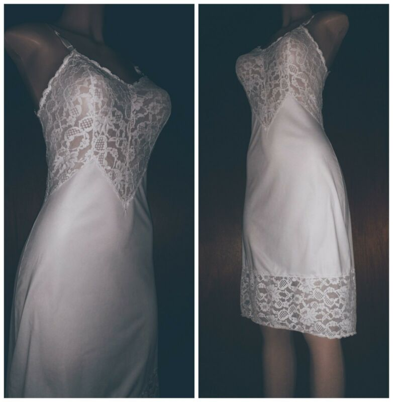 Vintage 50s VANITY FAIR Silky Tricot NYLON Full Dress SLIP White LACE ~34-36 M