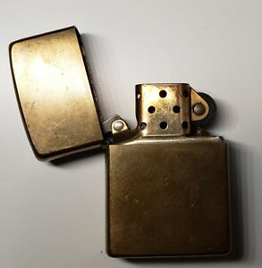 Briquet Zippo / Zippo Gold Lighter Great Condition