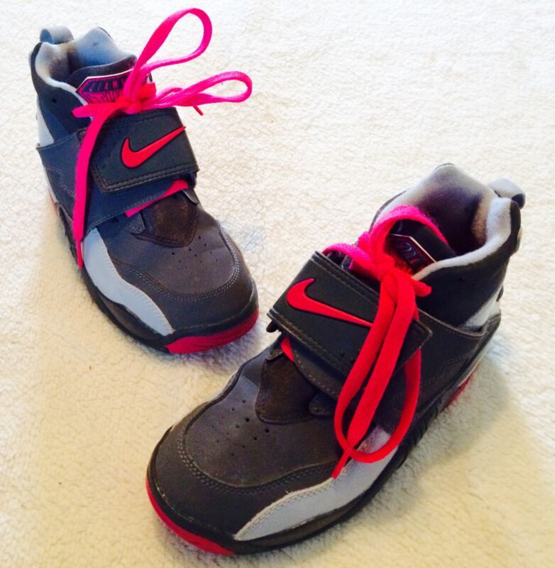 a84c17d480 Nike Youth Air Diamond Turf 2 Size Boys 4 Girls 6 Pink Grey Shoes 407911 006