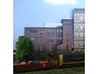 #383 O scale background building flat WAR MEMORIAL BUILDING  *FREE SHIPPING*