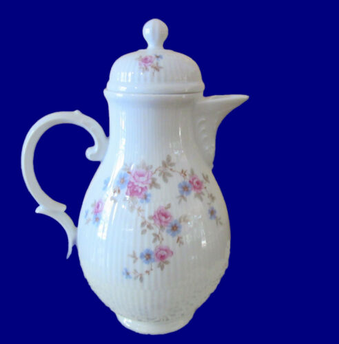 Gorgeous Hochst Hand-Painted Porcelain German Teapot with Pink Roses