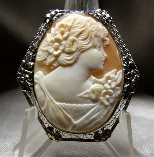 GORGEOUS ANTIQUE 14K WG UNUSUAL HEXAGON SETTING SHELL CAMEO FLORA PIN PENDANT!